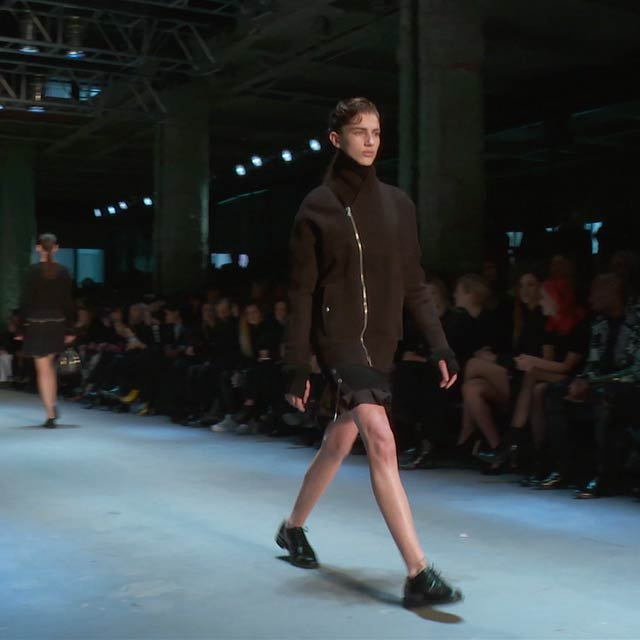 FALL WINTER 15 WOMENSWEAR SHOW