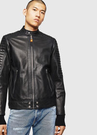 L-SHIRO, Black Leather