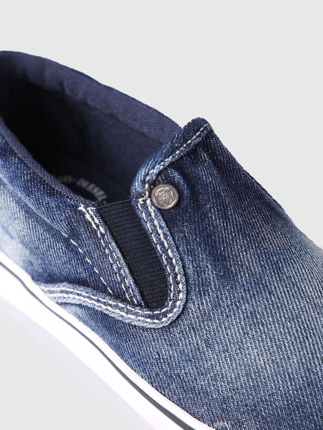 SLIP ON 21 DENIM CH, Blue Jeans