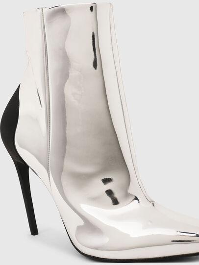Diesel - D-SLANTY HABZ, Silver - Ankle Boots - Image 4