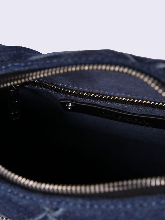LE-BHONNY, Blue jeans