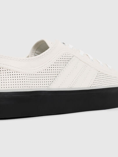 Diesel - S-ASTICO LOW LOGO, White - Sneakers - Image 4