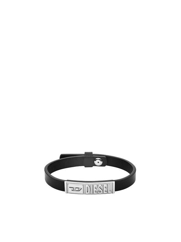https://si.diesel.com/dw/image/v2/BBLG_PRD/on/demandware.static/-/Sites-diesel-master-catalog/default/dw895c5118/images/large/DX1226_00DJW_01_O.jpg?sw=594&sh=792
