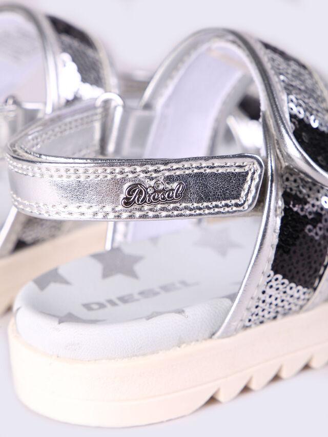 SA 6 STARS CH, Silver