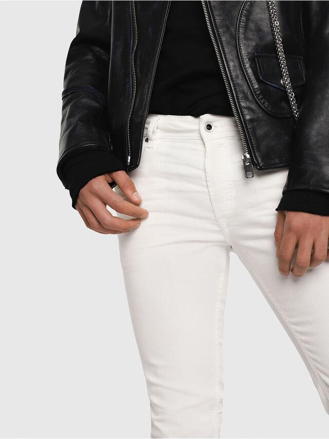 Sleenker 084CY, White