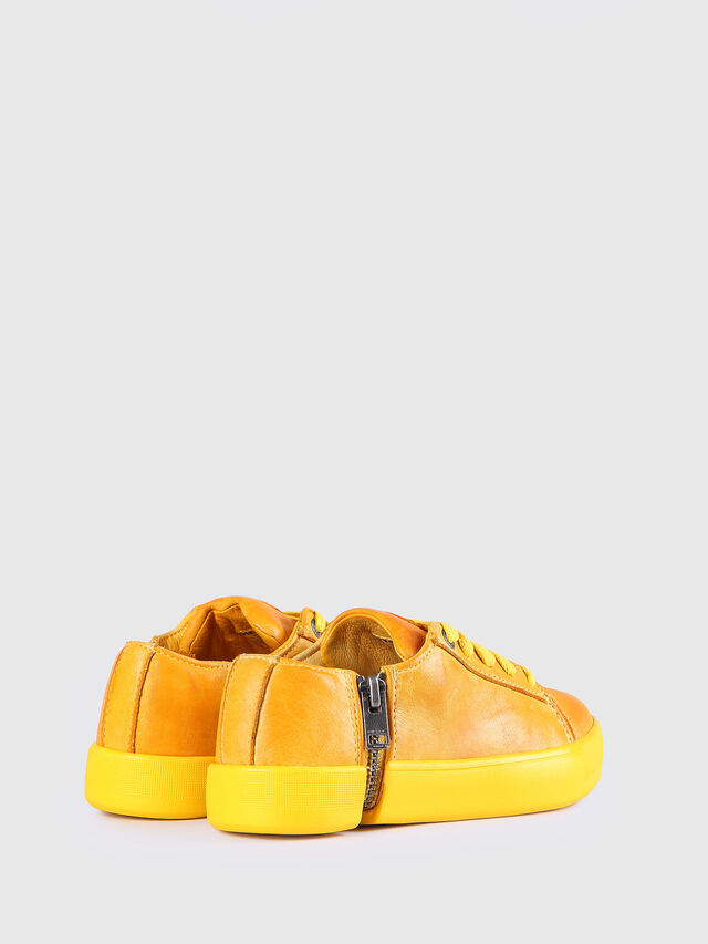 KIDS SN LOW 31 NETISH YO, Mandarine - Footwear - Image 3