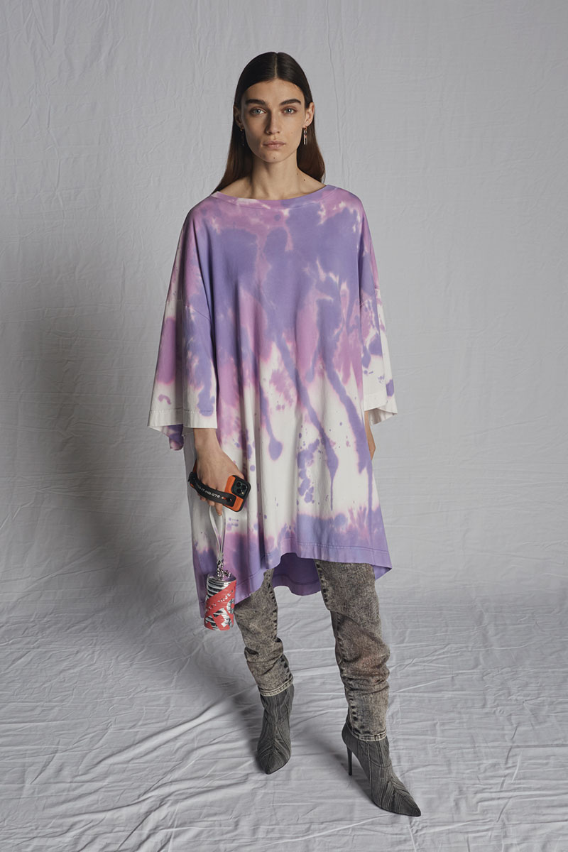 tie-dye-woman-diesel